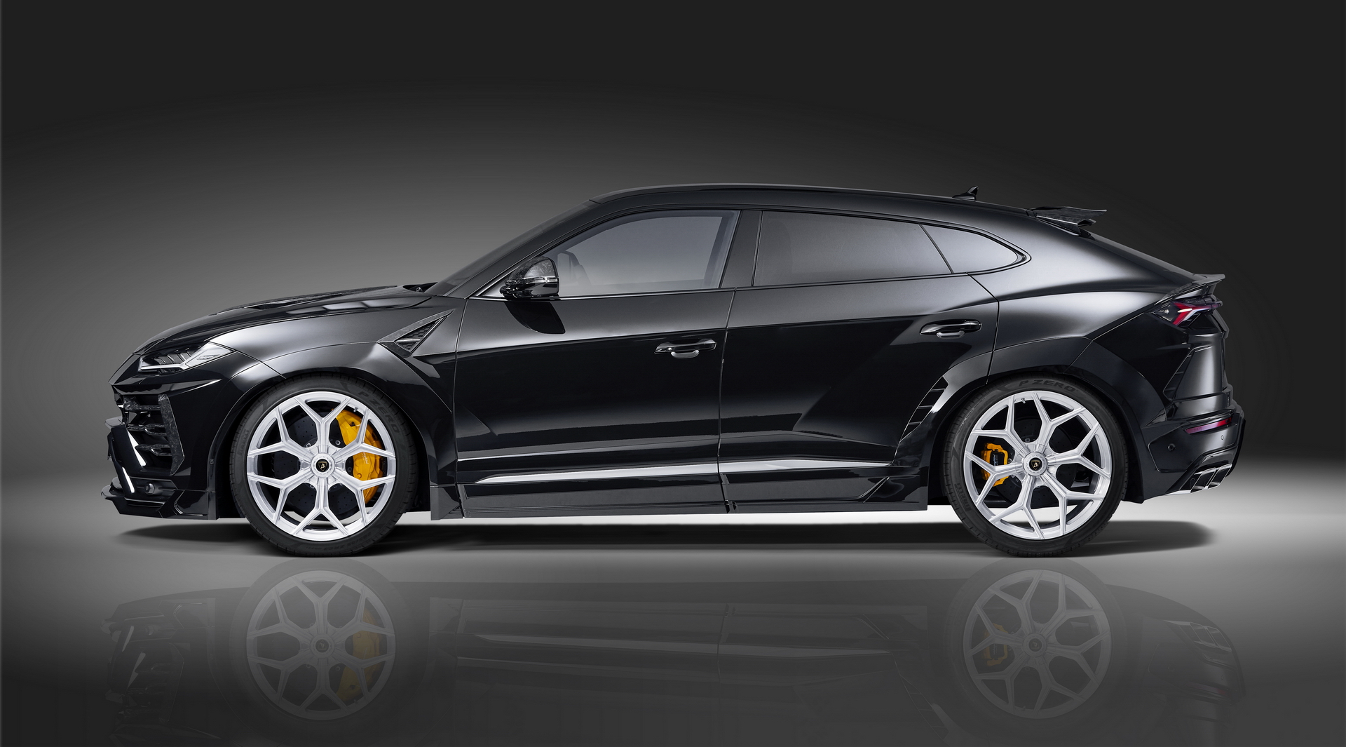 Black Lamborghini Urus Side view