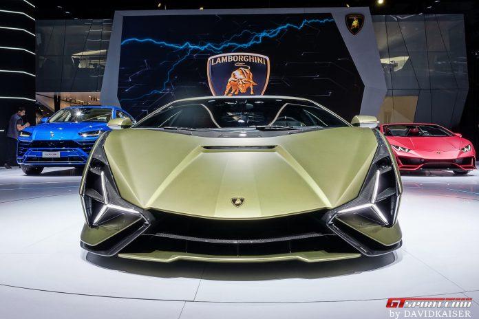 Lamborghini Sian Front