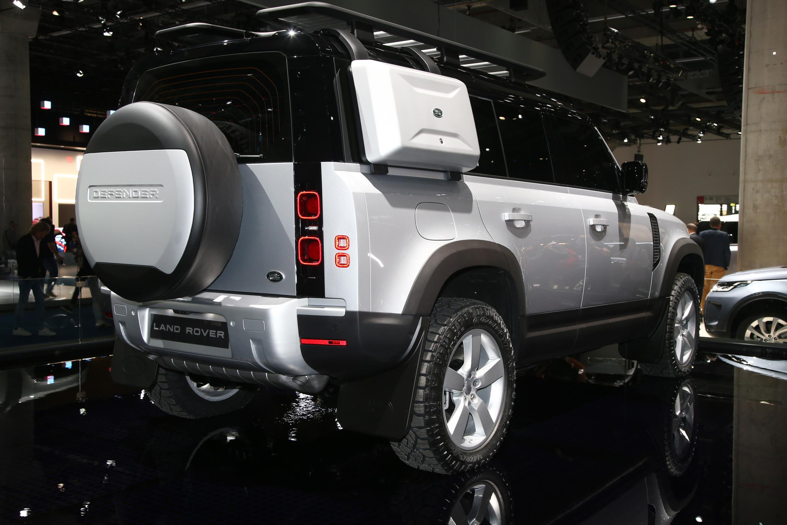 2020 Land Rover Defender 110 Silver