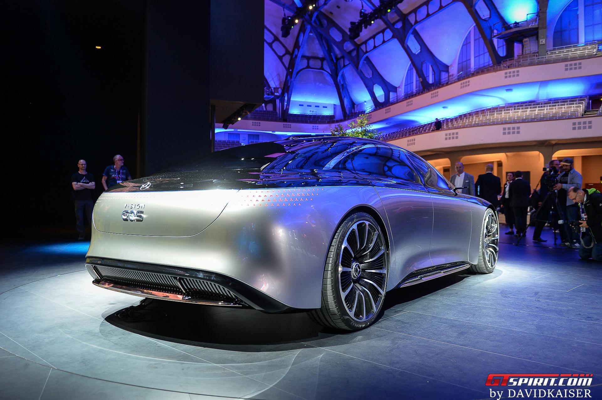 Mercedes-Benz EQS Rear