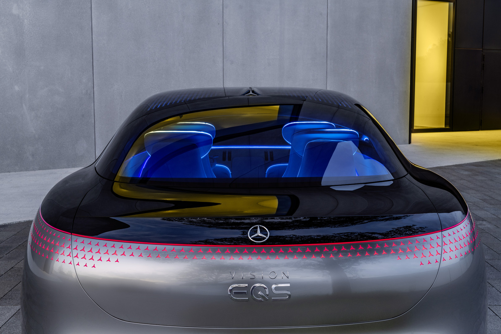 Mercedes-Benz VISION EQS Rear Lights