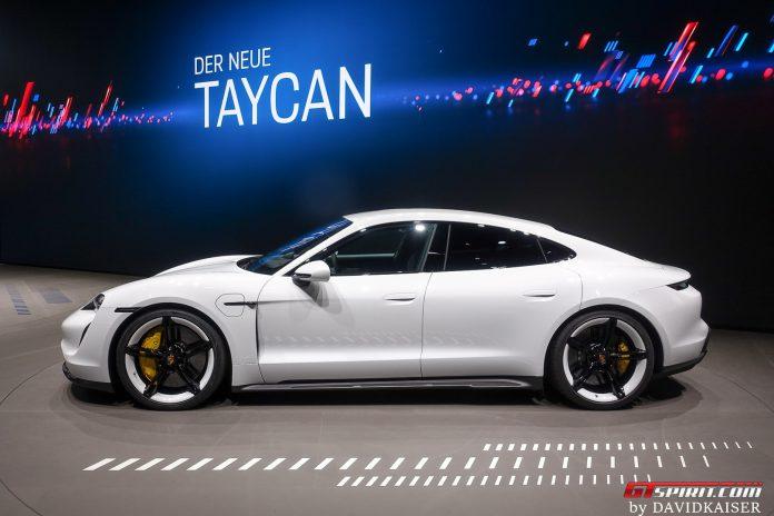 Porsche Taycan Turbo S Side