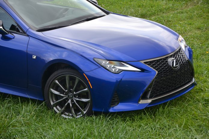 2019 Lexus RC 350 F-Sport Wheels