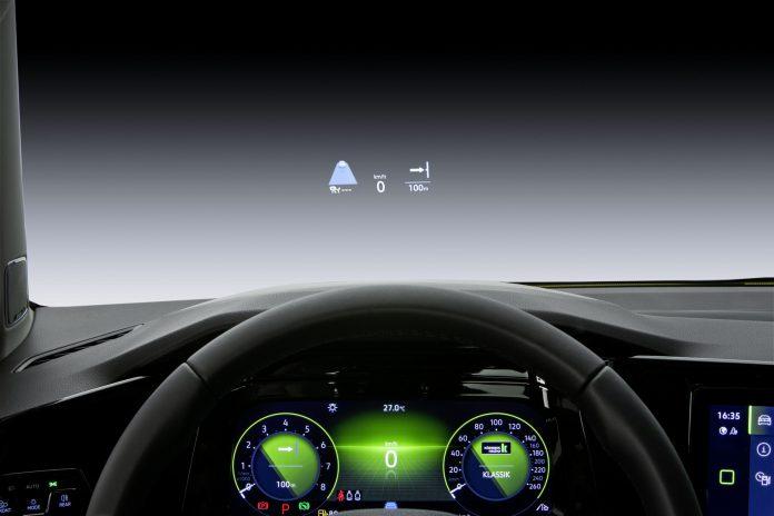 2020 VW Golf 8 Head Up Display