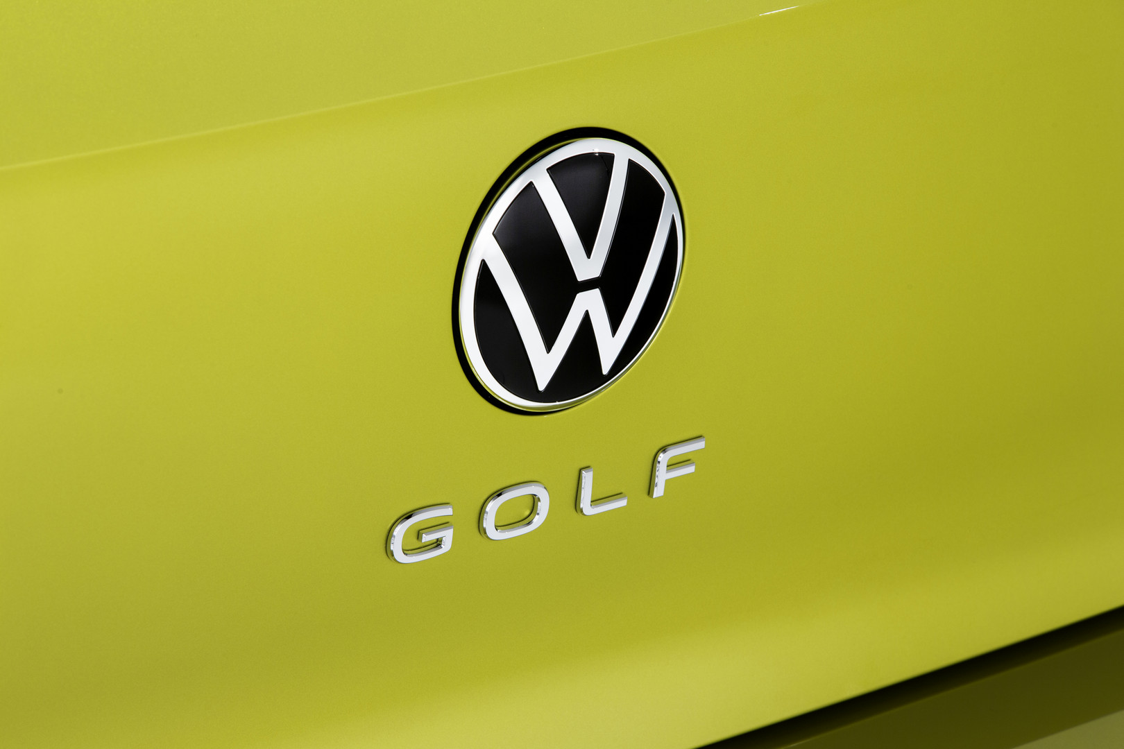2020 VW Golf 8 Logo Back