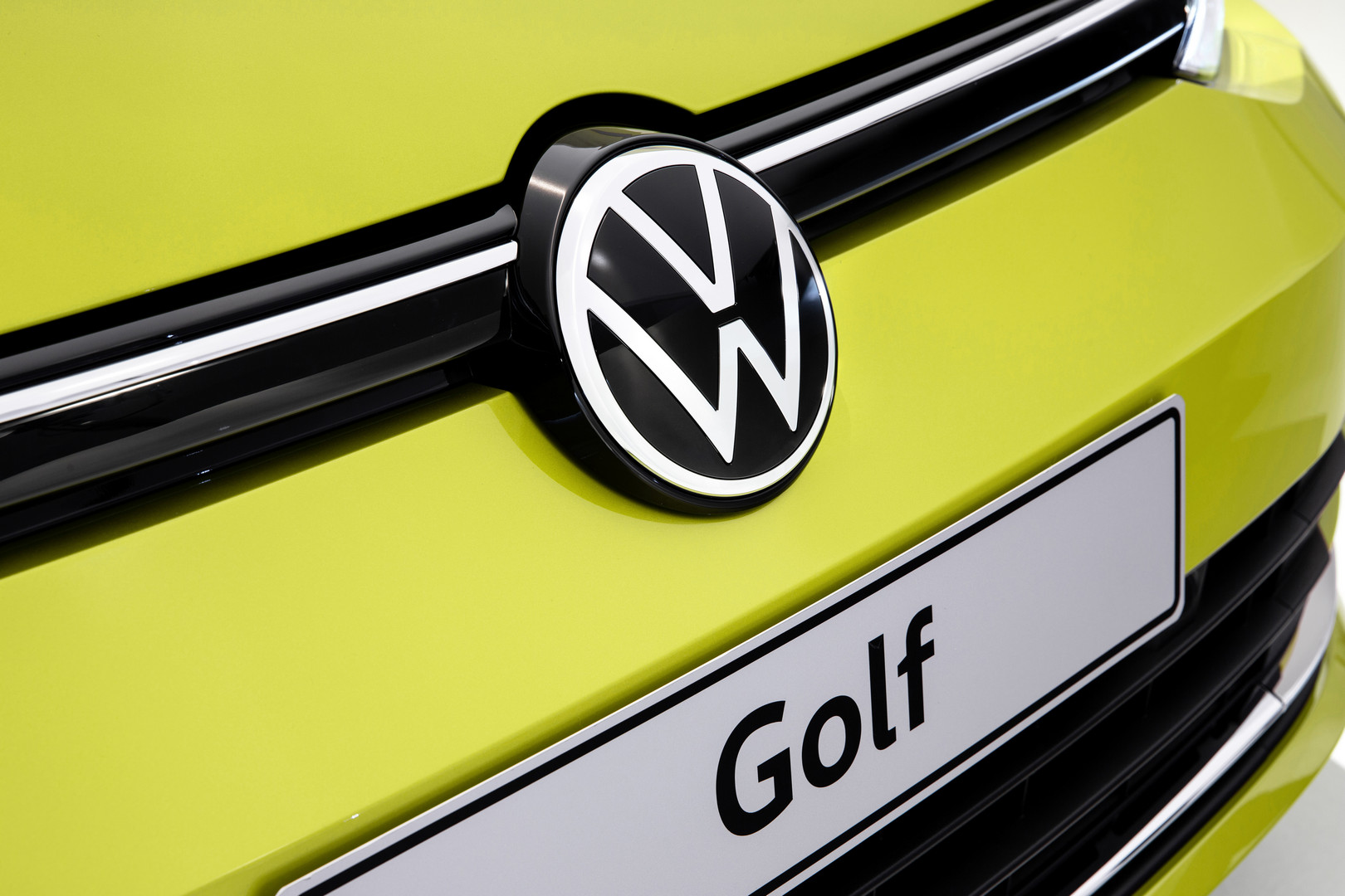 2020 VW Golf 8 Logo Front