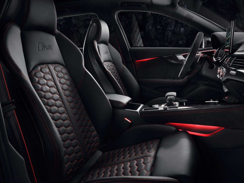 Audi RS4 Avant Seats