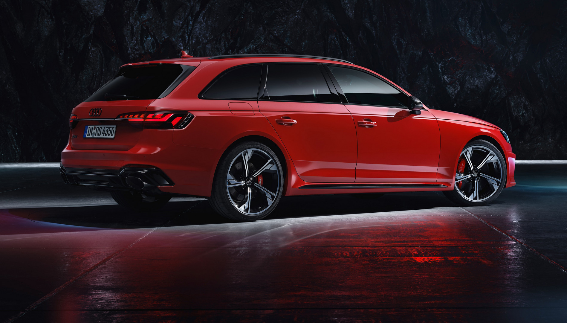 Audi RS4 Avant Top Speed