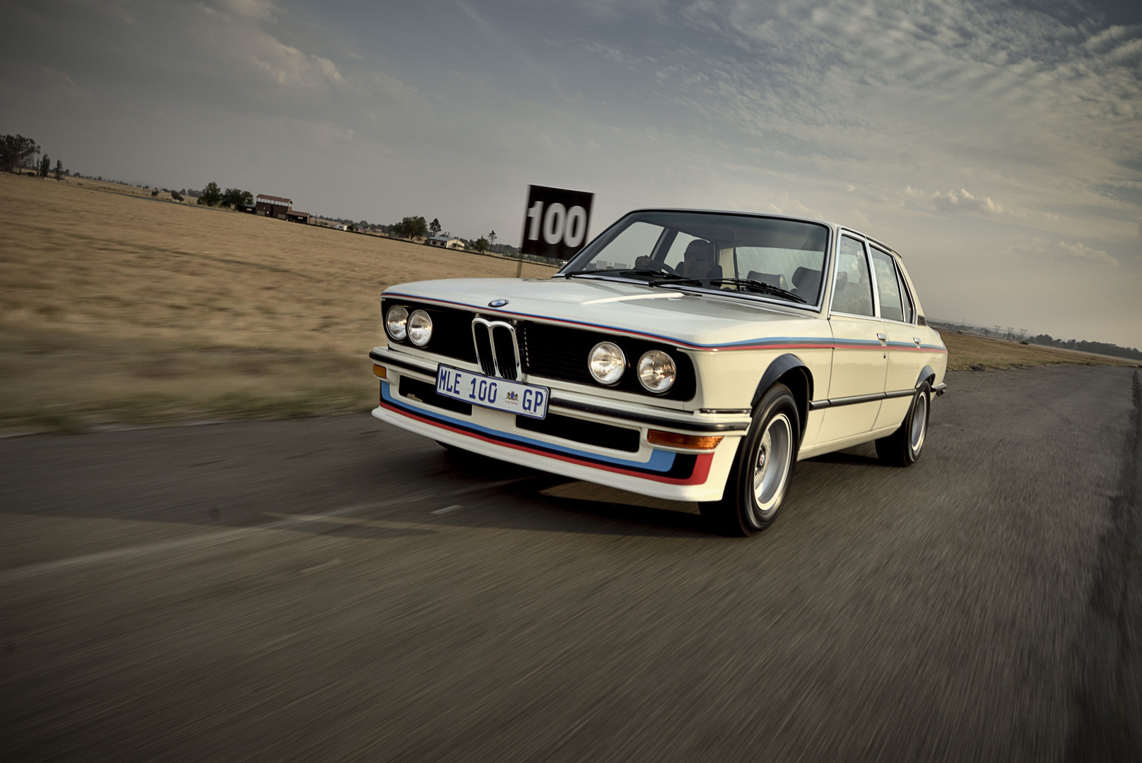 BMW 530 MLE Fully Restored: First M Model Unofficially