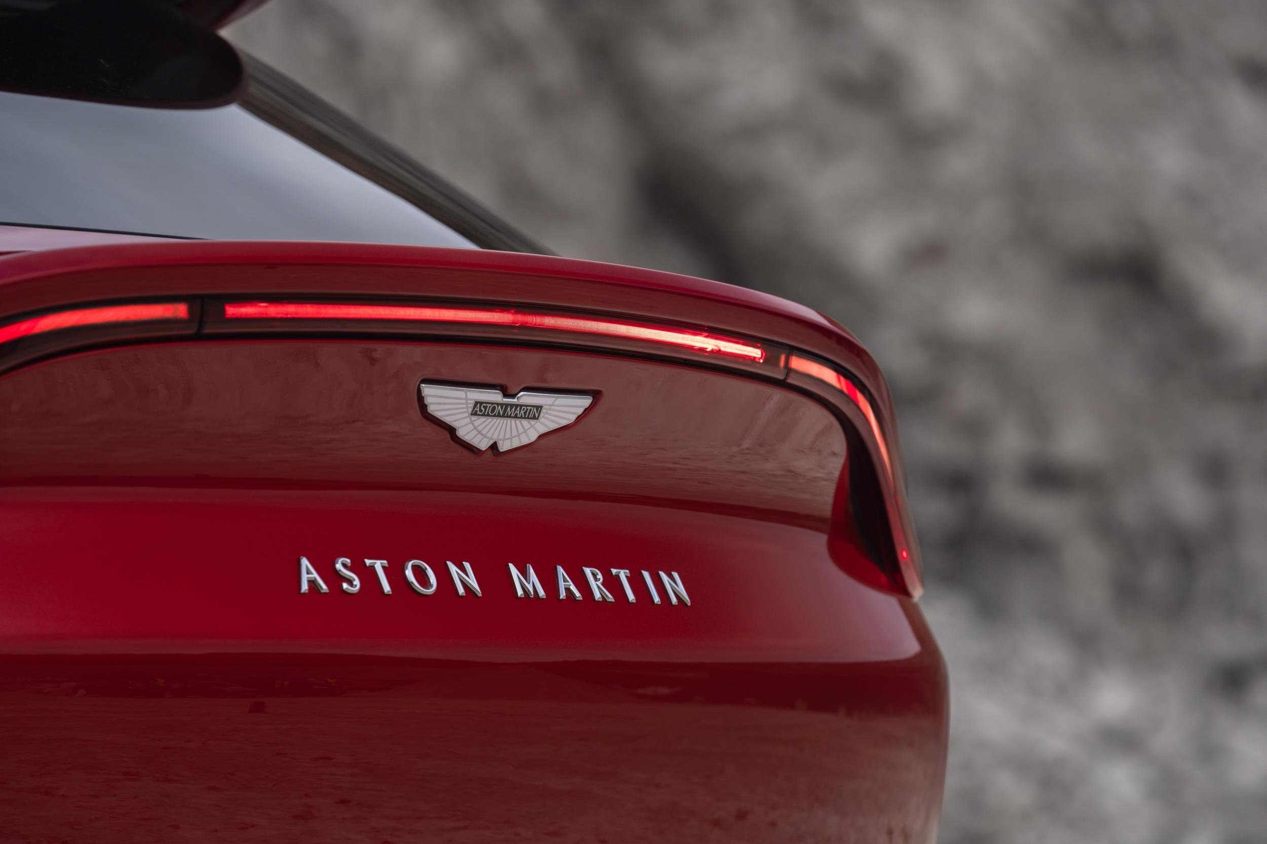 Aston Martin DBX Boot Lid Spoiler