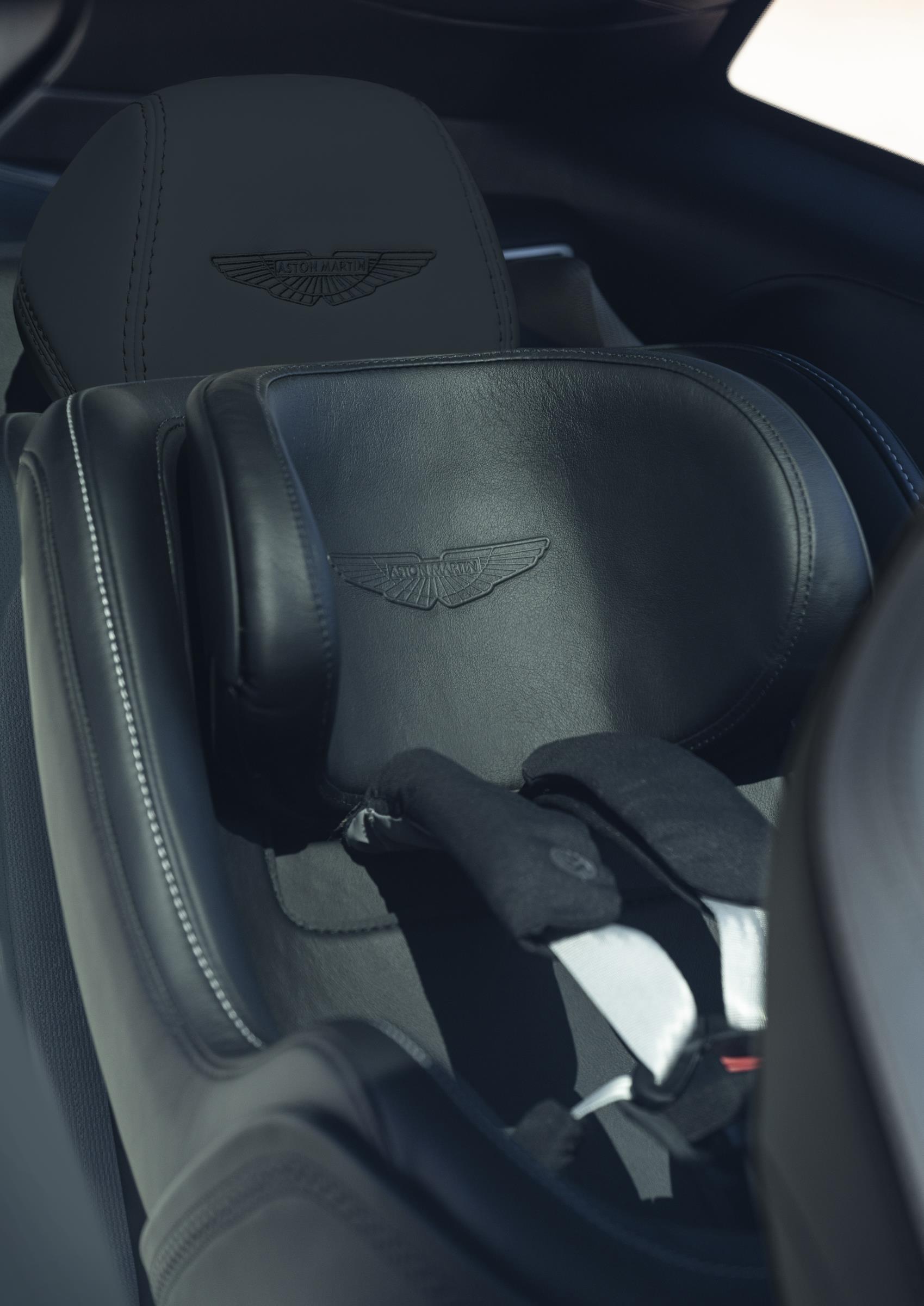 Aston Martin DBX Child Seat