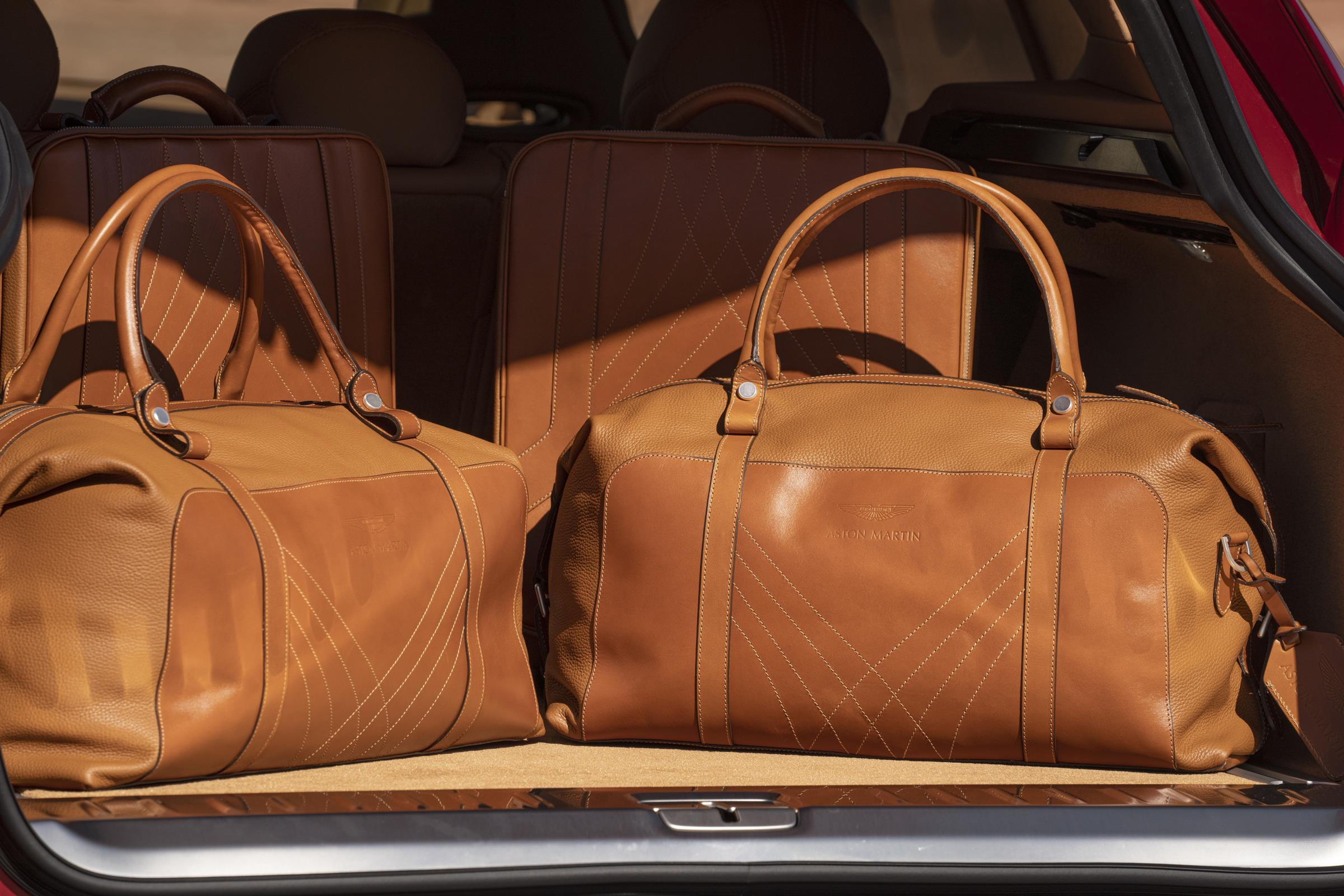Aston Martin DBX Luggage