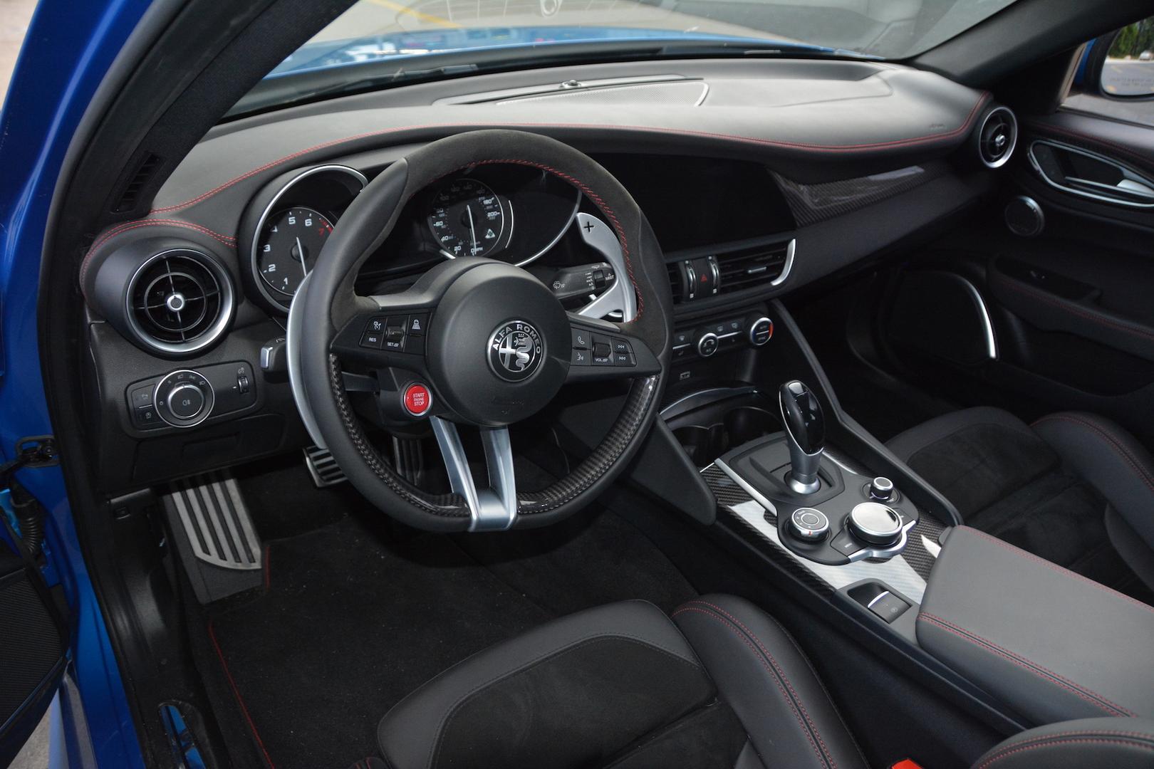 2019 Alfa Romeo Giulia QV Steering Wheel