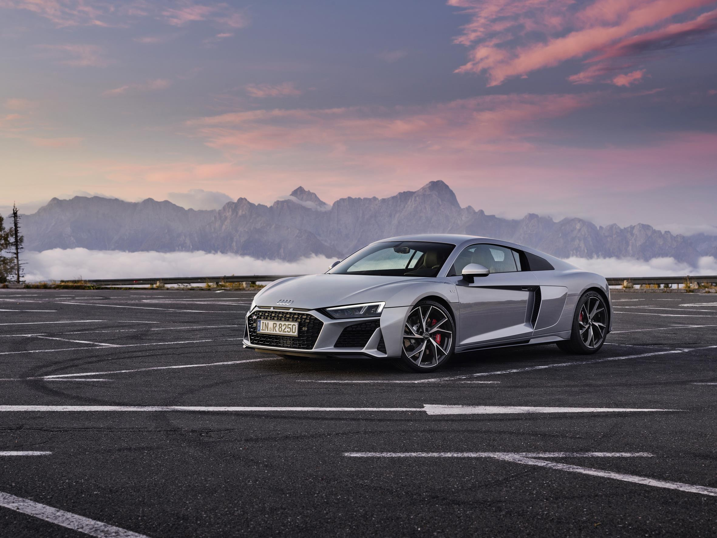 2020 Audi R8 RWD Coupe Grey