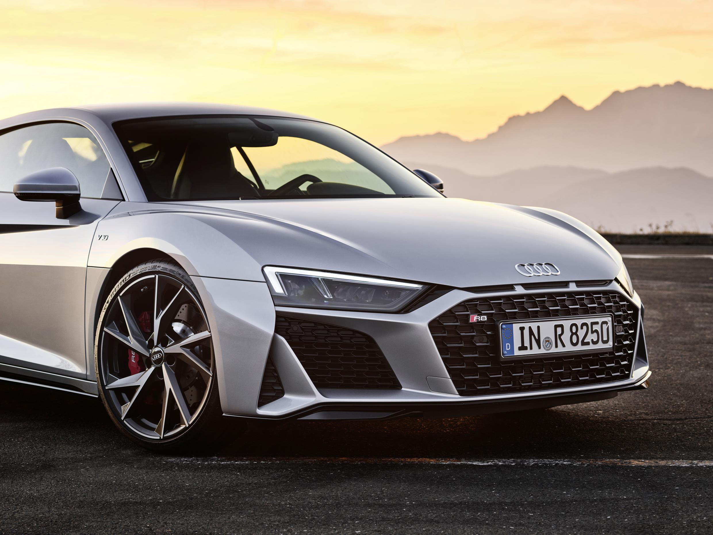 2020 Audi R8 RWD Coupe Headlights