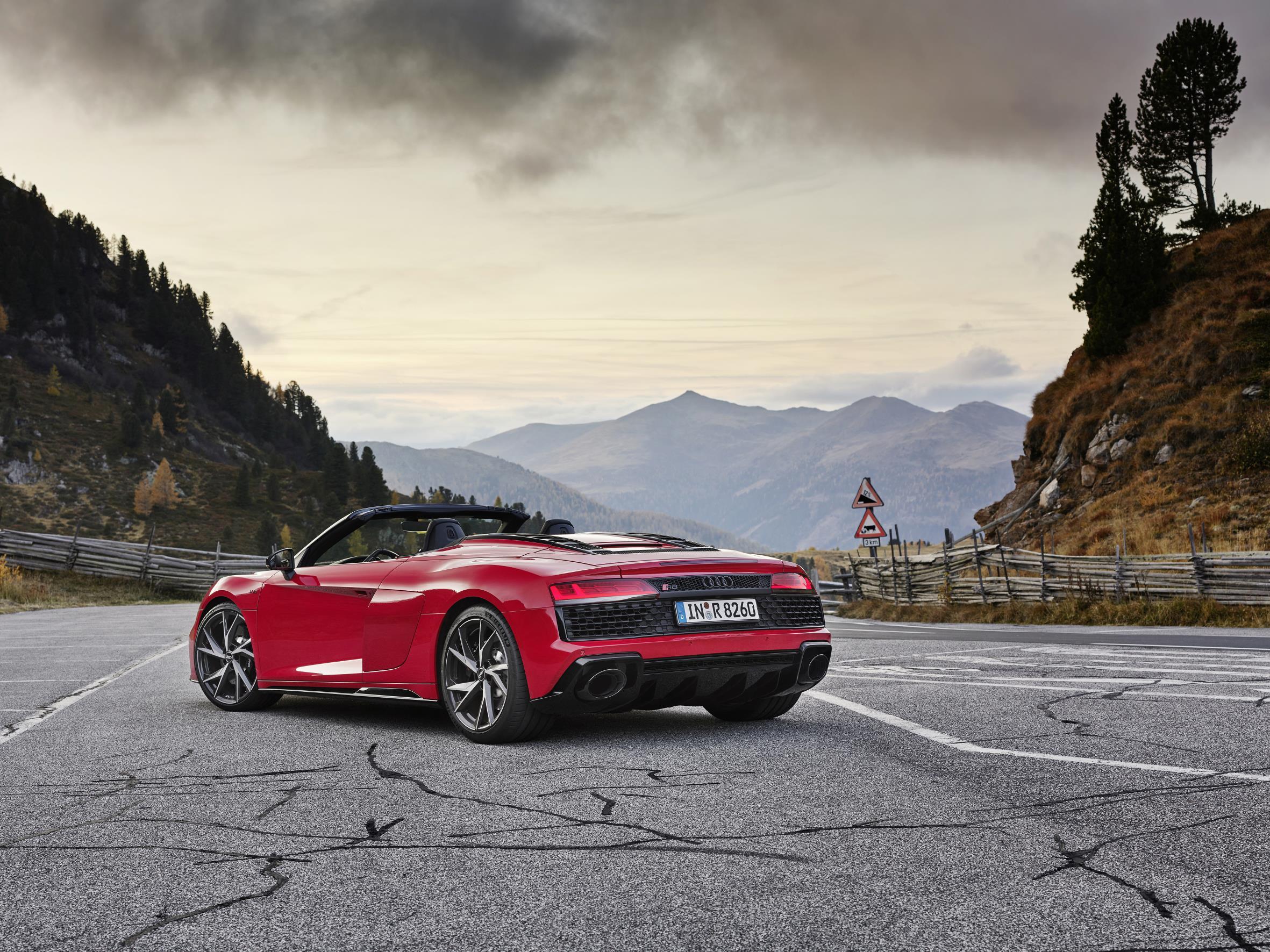 2020 Audi R8 RWD Spyder Rear