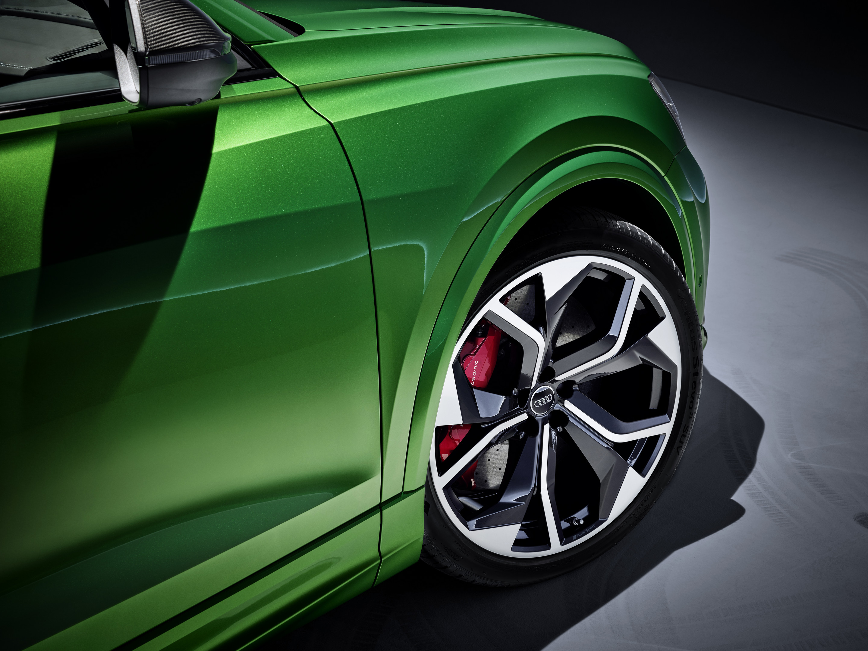 2020 Audi RS Q8 Wheels