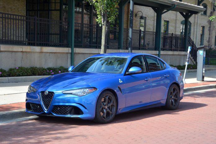Alfa Romeo Giulia QV Blue