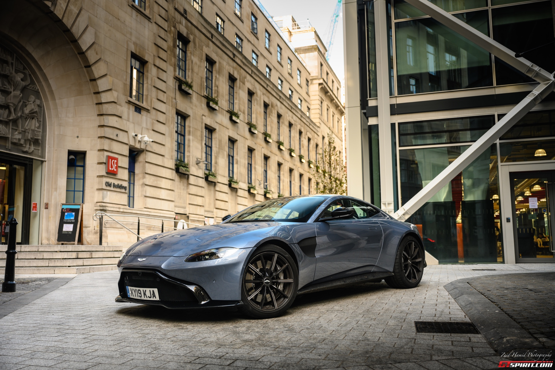 Special Report: The 2019 Aston Martin Vantage, better than a 911?