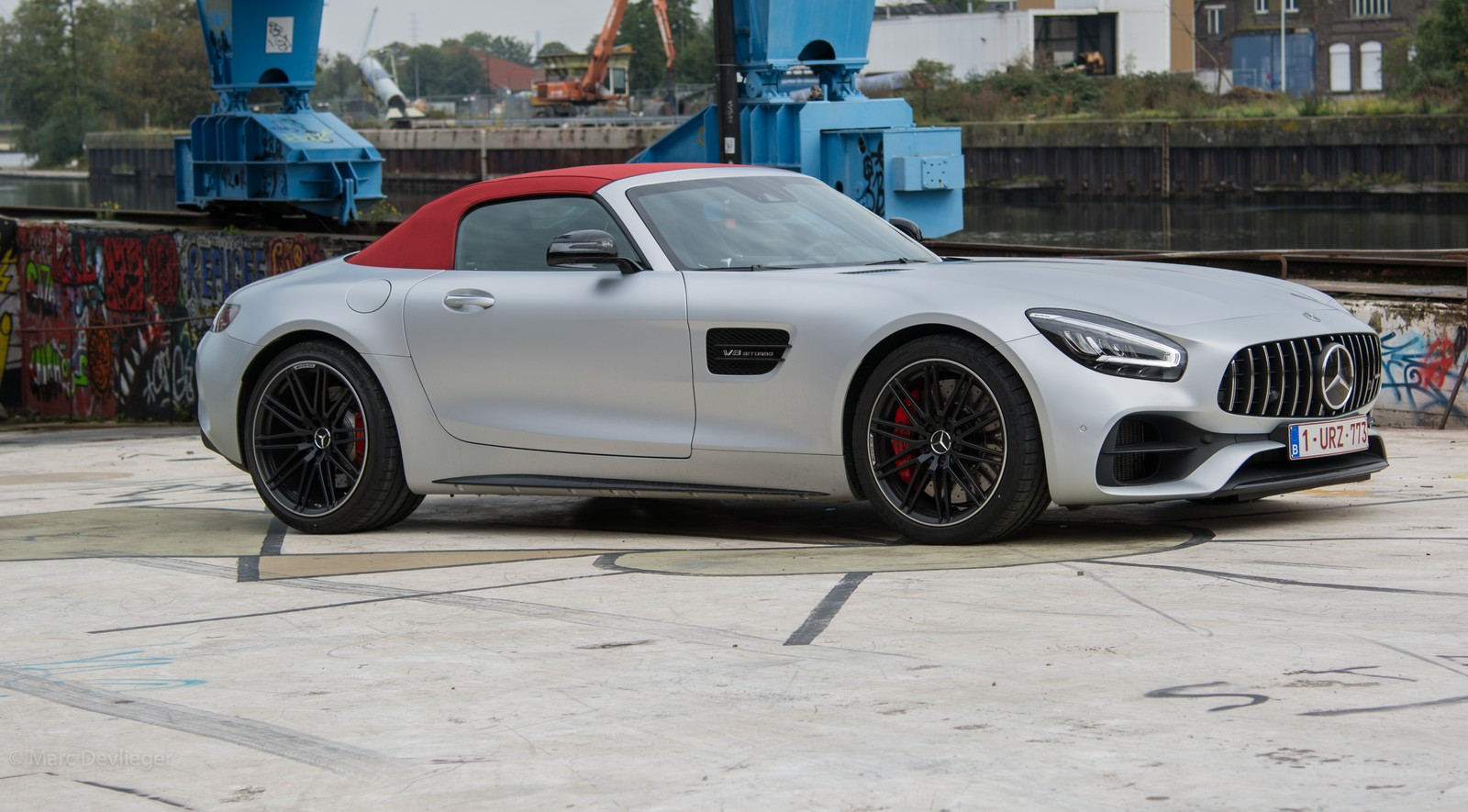 Mercedes-AMG GT Roadster Side