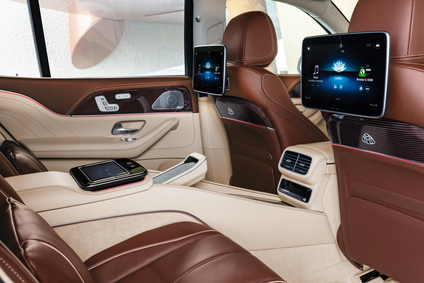 Mercedes-Maybach GLS 600 TV Screens