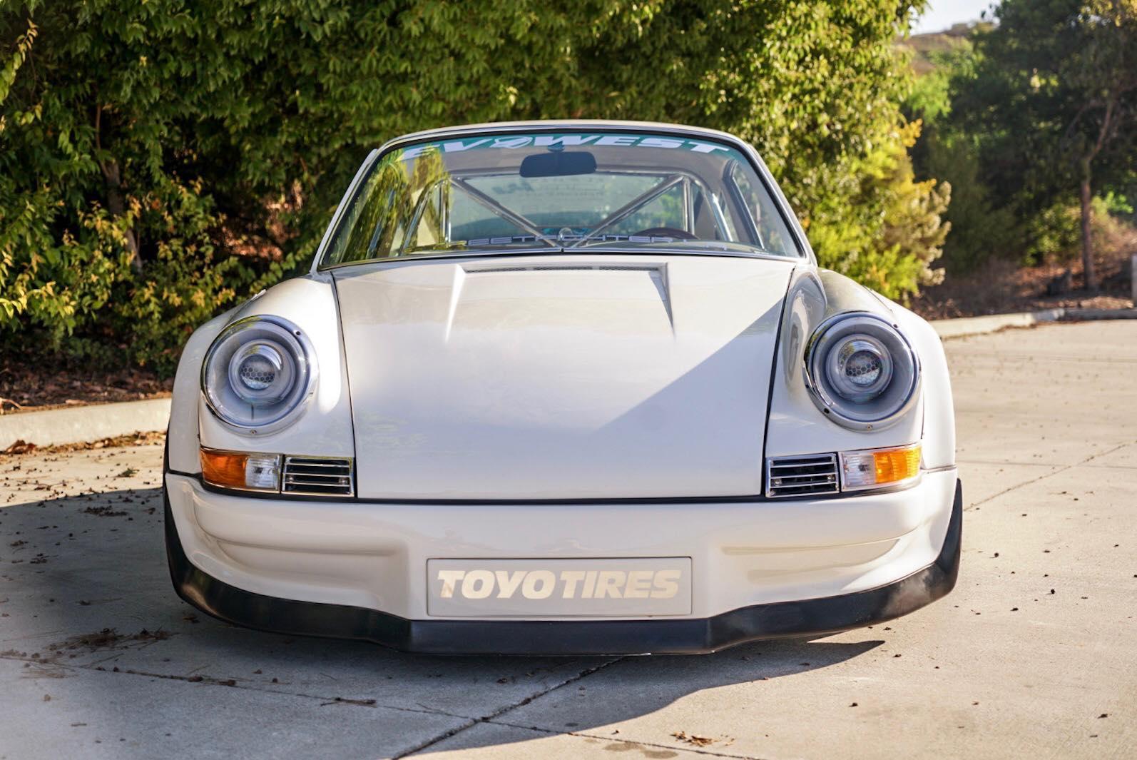 RWB Porsche 911 Tesla