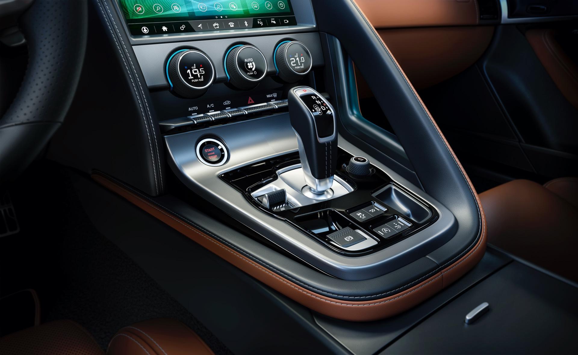 Jaguar F Type Coupe Facelift Gearlever