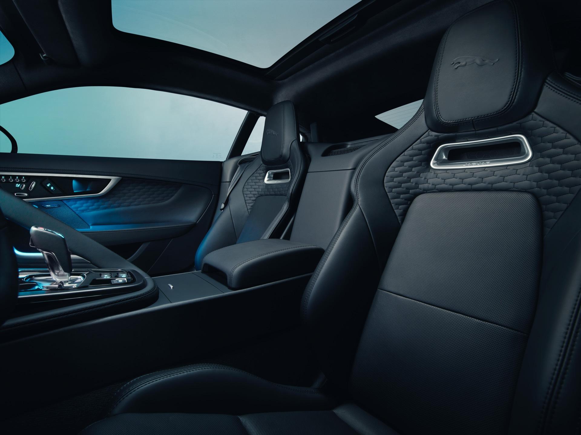 Jaguar F Type Coupe Facelift Seats