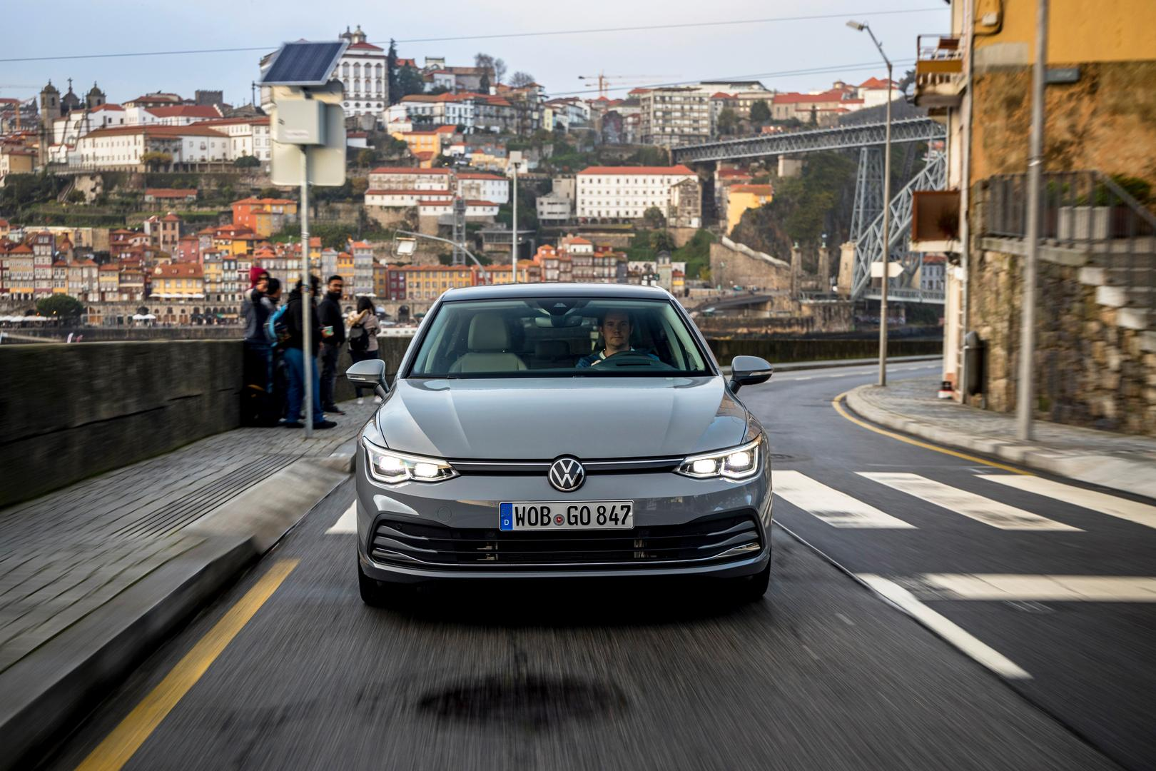 VW GOLF 8 Front